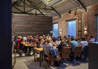 volle-zaal-grand-café-remise